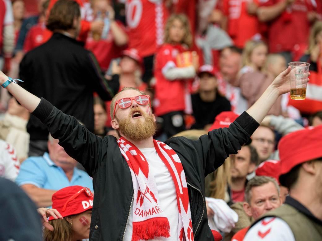 danski navijaci.jpg
