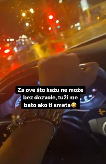 Tara Simov vozi bez dozvole