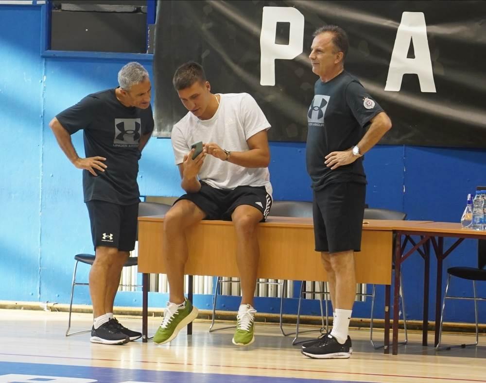 Partizan Košarka (1)
