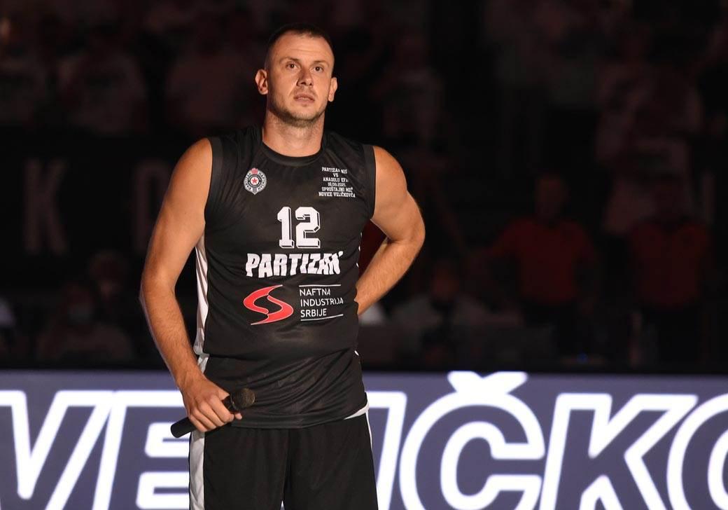 Novica Veličković, oproštajna utakmica (8)