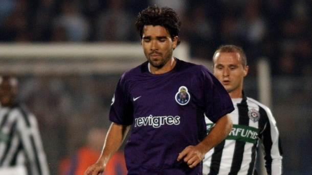 Deko na utakmici Lige šampiona Partizan - Porto, septembra 2003.