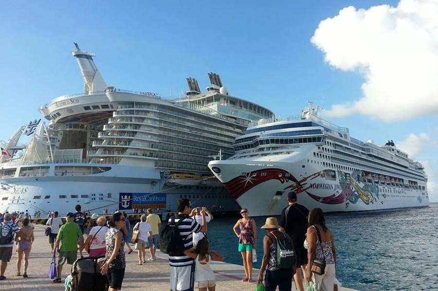 kruzer, posao, brod, putovanje, turizam, krstarenje,