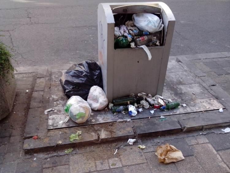 đubre smeće kontejneri