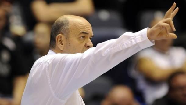 Trener Partizana Duško Vujošević