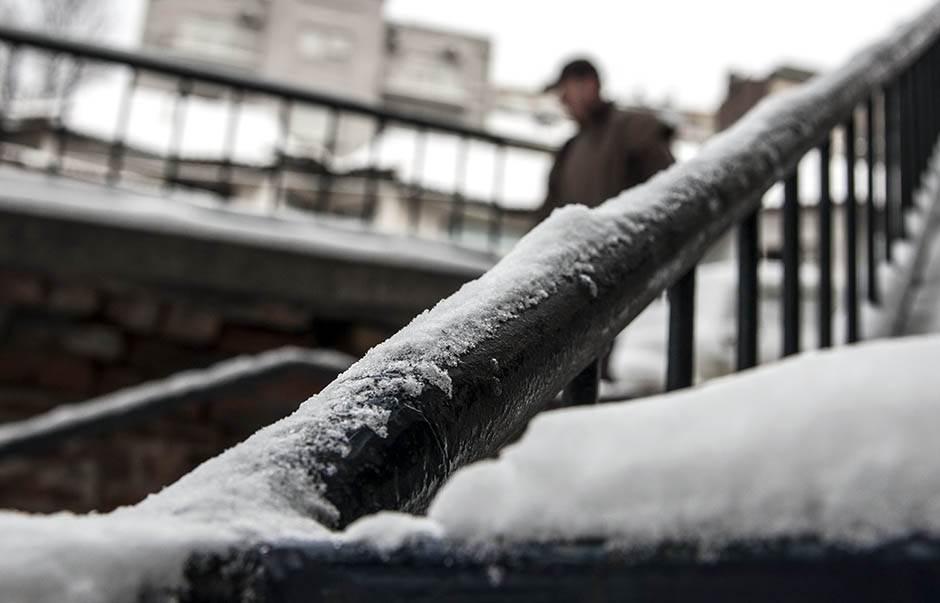 sneg, led, zima, zaleđen