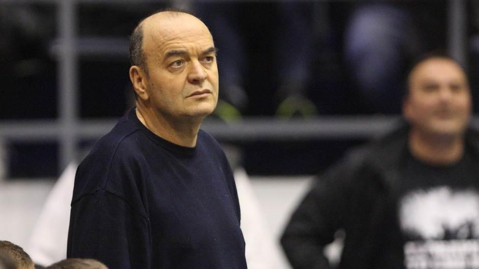 Nikola Peković Dusko-vujosevic-nikola-pekovic-pomoc