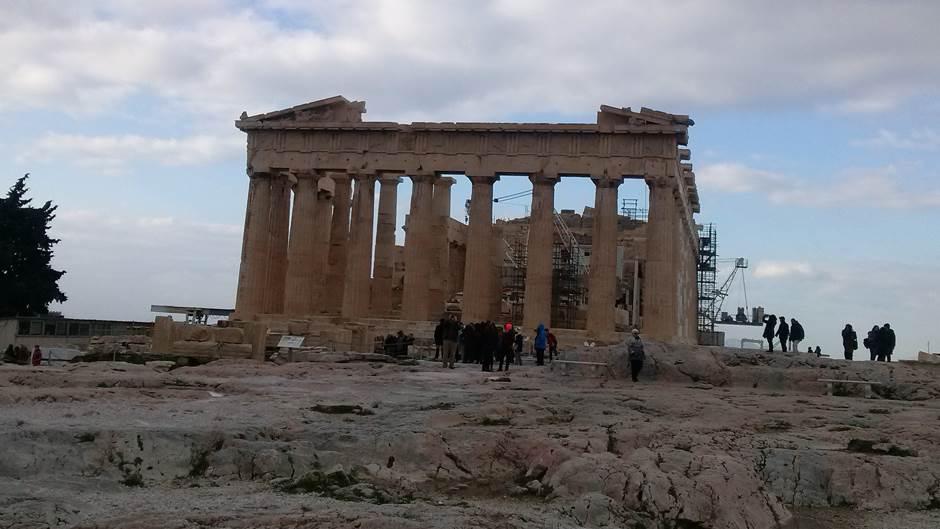 """Vrućina """"zatvorila"""" Akropolj"""