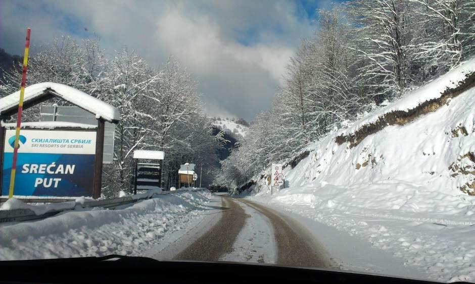 put, saobraćaj, sneg, sneg na putu, snežni put, drum, Stara planina, skijališta Srbije