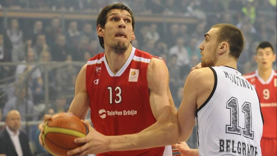 Duel Marjanovića i Milutinova u polufinalnoj utakmici Kupa Koraća
