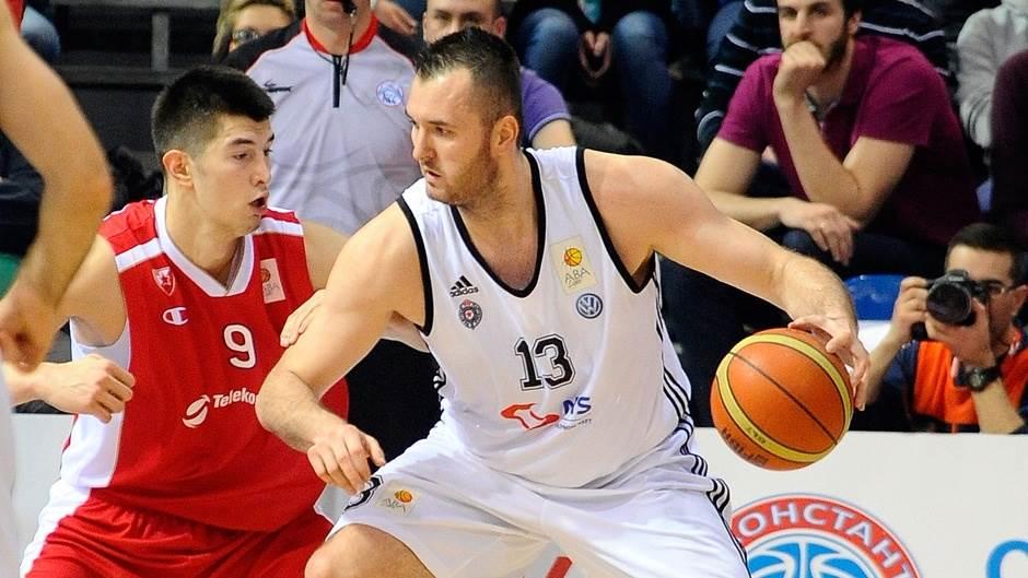 Duel Mačvana i Mitrovića u polufinalnoj utakmici Kupa Koraća