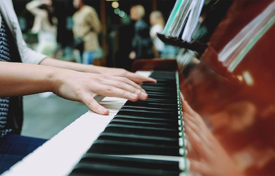 klavir knez mihailova mondo stefan stojanovic 23.jpg