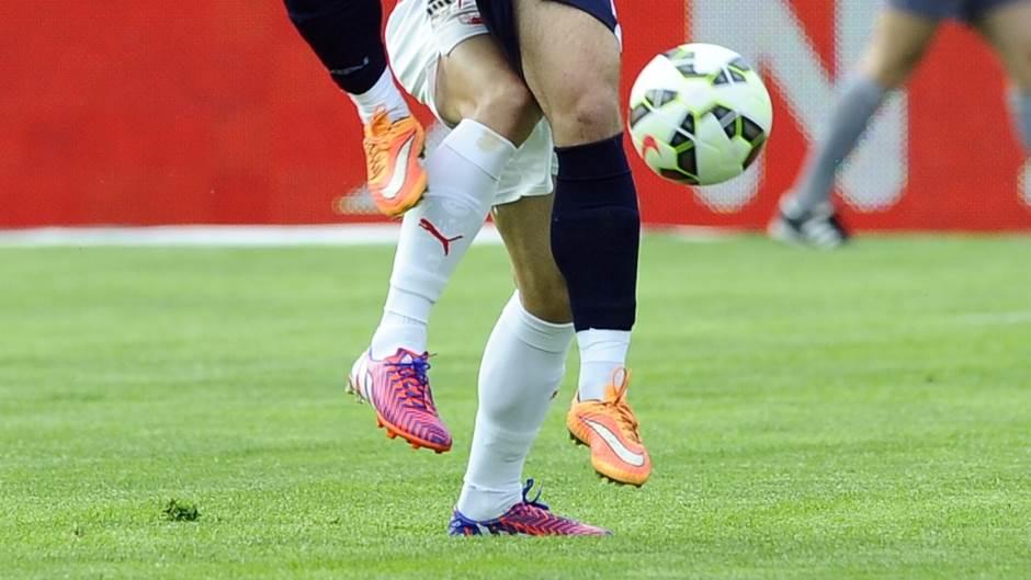 fudbal lopta pokrivalica superliga 3.jpg