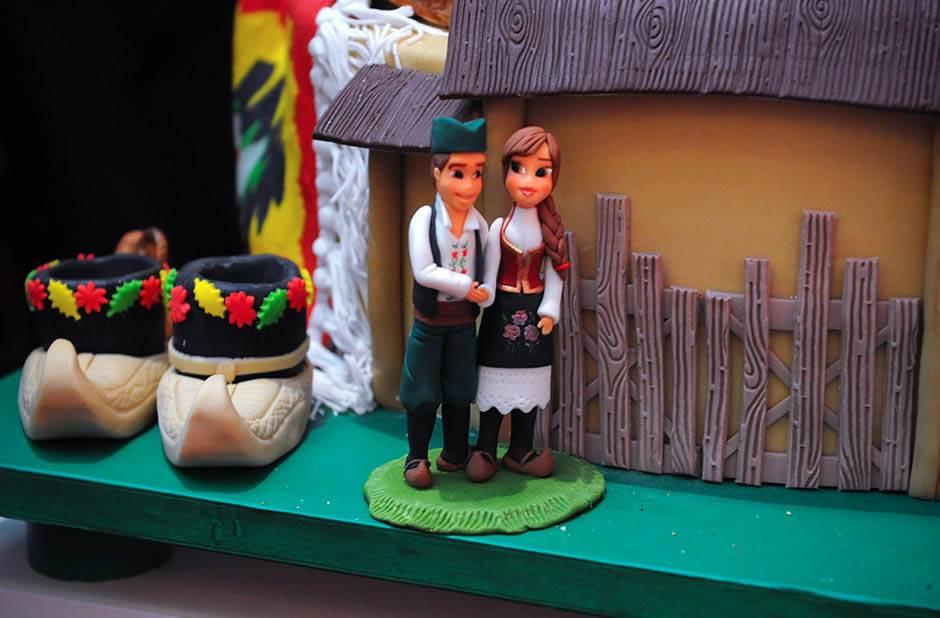 badi valastro, torta, srbija, narodna nošnja