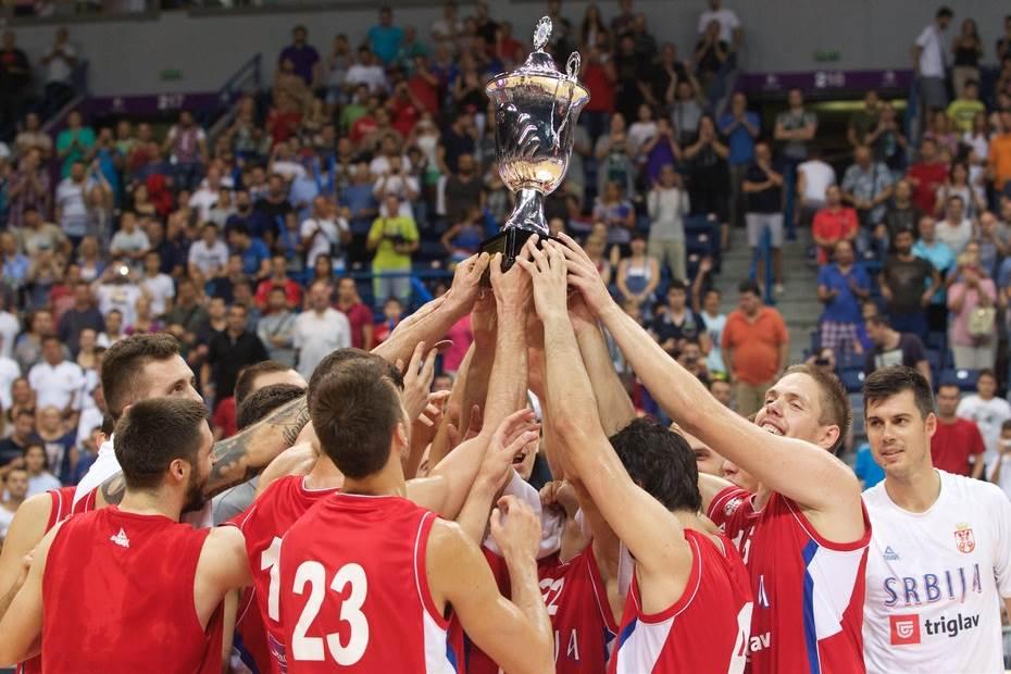 Nada velika kao Rusija - Teo podigao trofej!