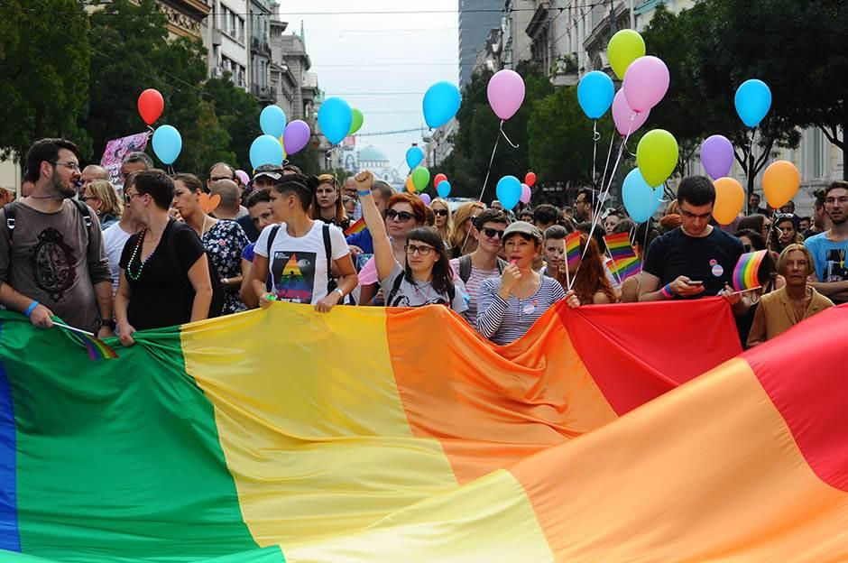 parada ponosa, gej, gej parada, prajd,
