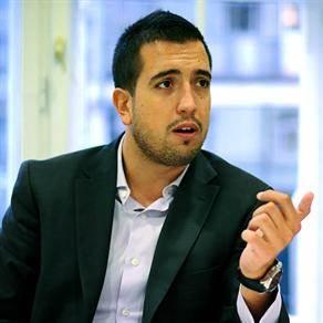 Ivan Todorović. menadžer i asistent na FON-u