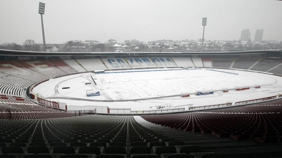 sneg tribine zvezda stadion