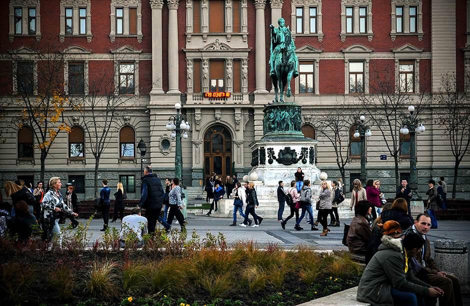 narodni muzej beograd, kod konja, konj, trg republike, sastanak, čekanje, sastanak kod konja, knez mihailova