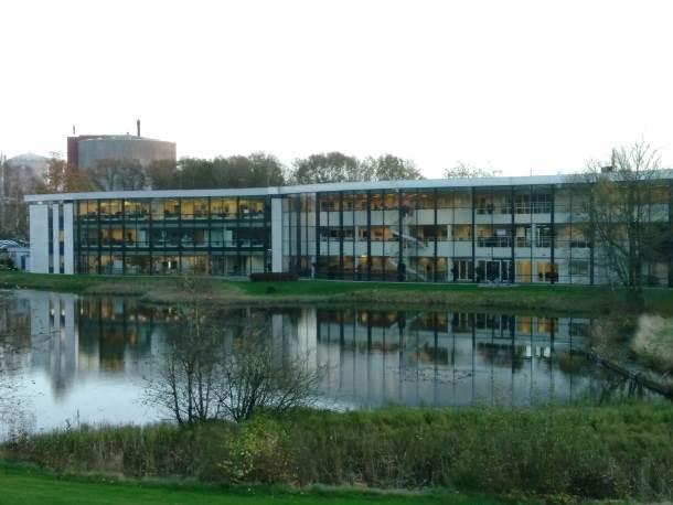 """""""Radno okruženje"""" jedne poslovne zgrade sa kancelarijala u Brandeu u Danskoj"""