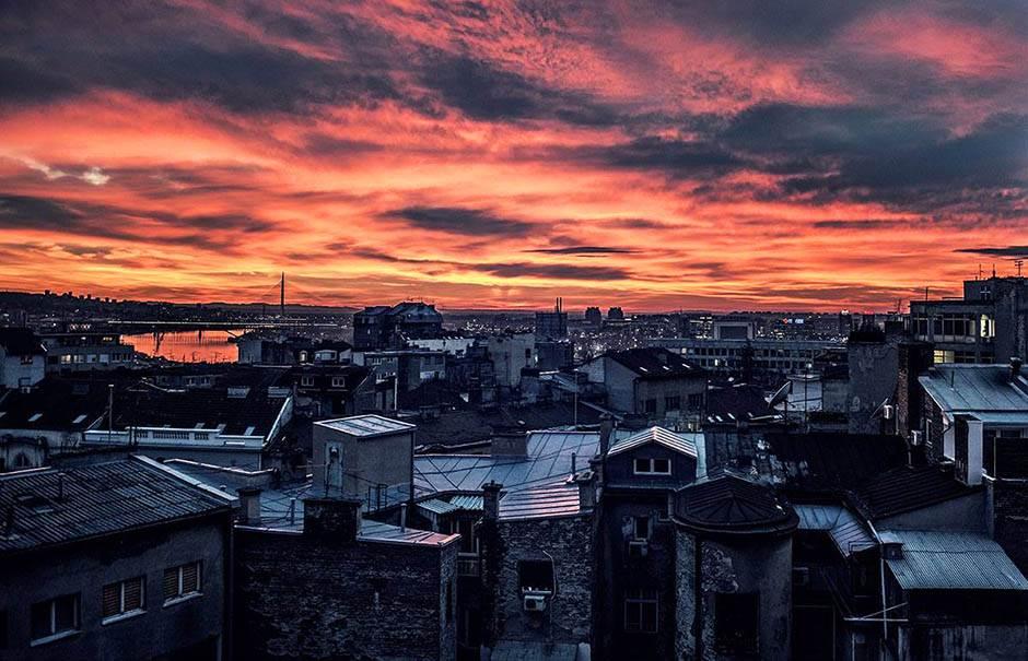 Zalazak sunca u Beogradu.