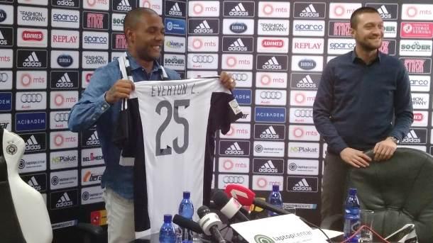 Everton, Partizan