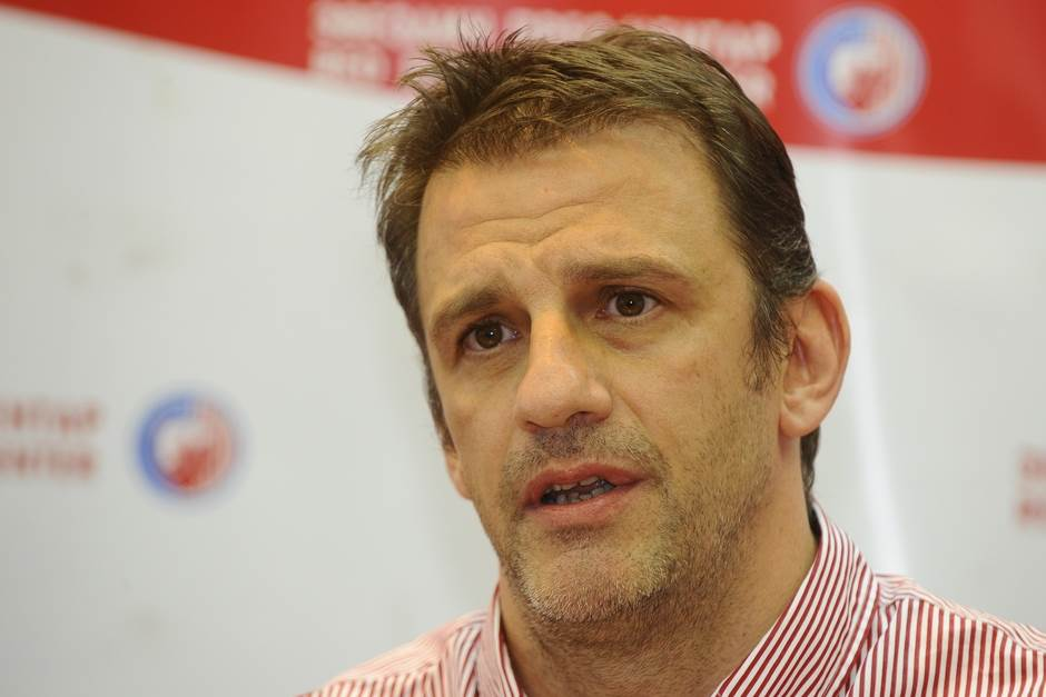 Viktor Jelenić, Viktor Jelenic
