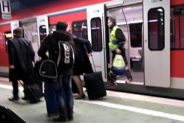 putnici metro voz
