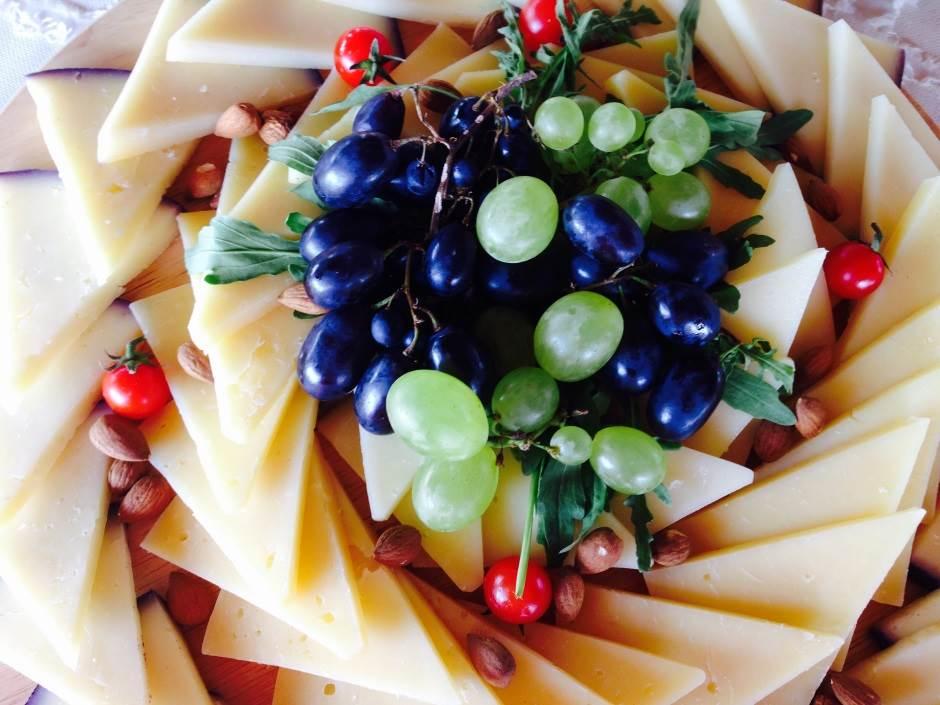 hrana, sendviči, jelo, masline, sir, grožđe, riba