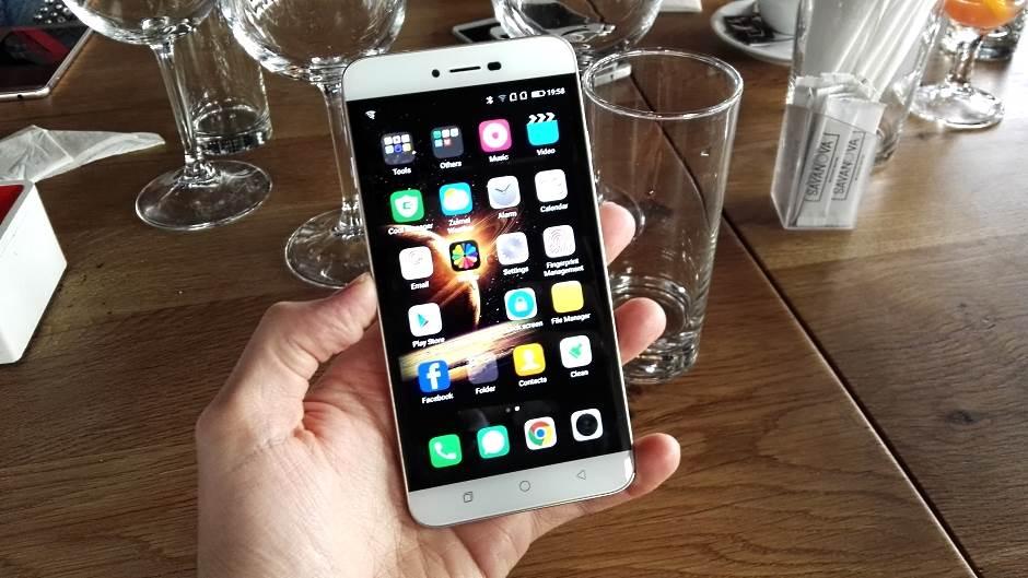 5 stvari koje ima najbolji telefon do 200 evra