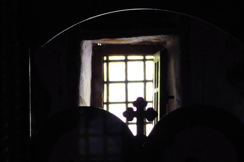 krst, crkva, pravoslavni krst, pravoslavlje, manastir, vera, vernici,
