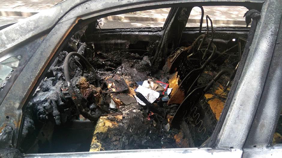 izgoreli automobil, izgoreli automobili, dorćol, eksplozija,