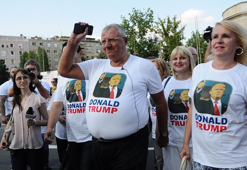 šešelj, bajden, tramp, protest, radikali