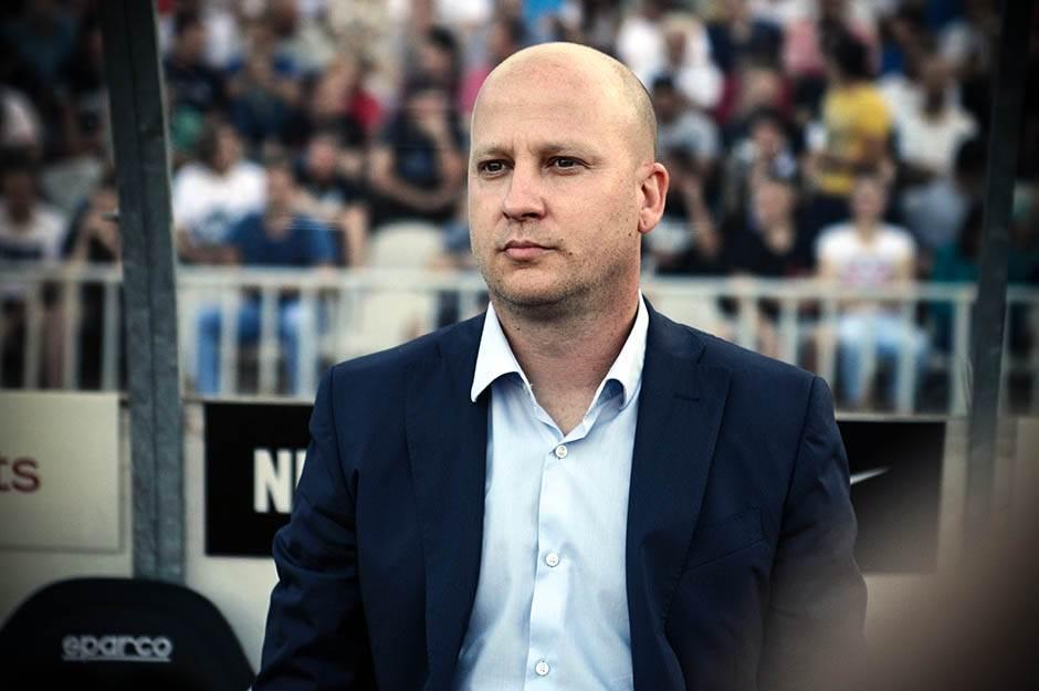 Novi Pazar je mučio Marka Nikolića i crno-bele