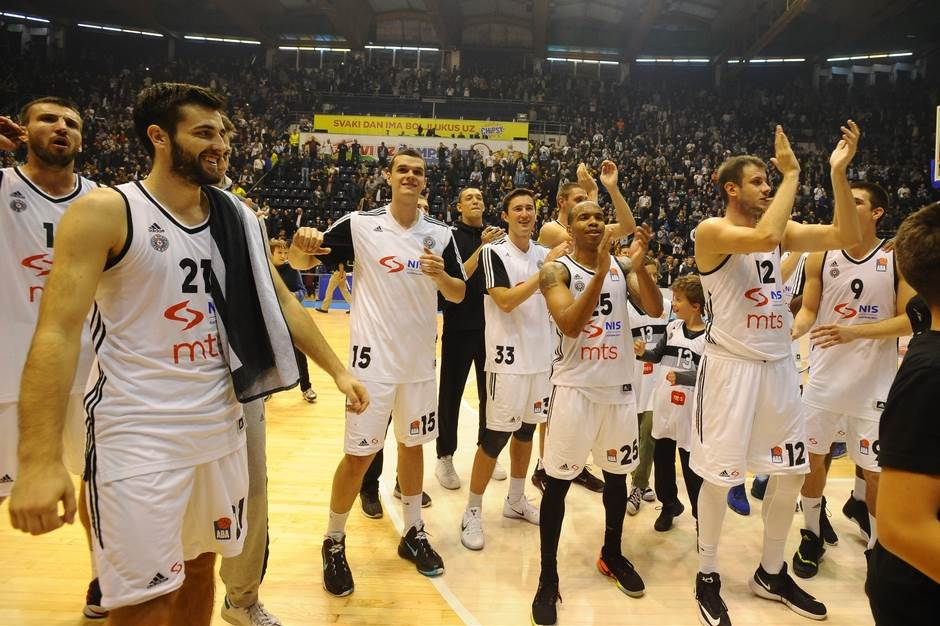 Partizan pobedio uz zvuk sirene!