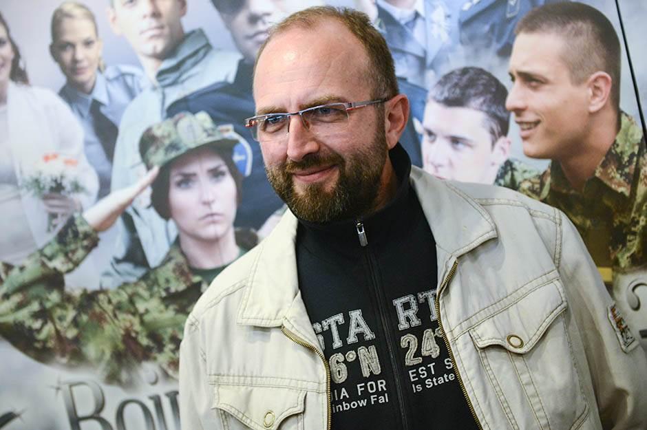 "Menjam ""Vojnu akademiju"" za ""Senke nad Balkanom""?"