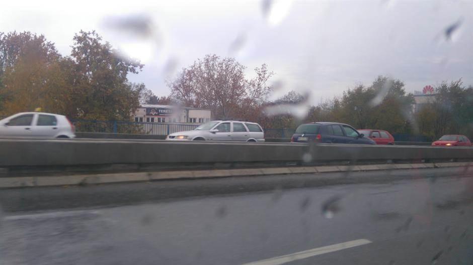 kiša,saobraćaj,most