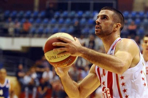 Mora na pauzu: Lazić igrao povređen dva meseca!
