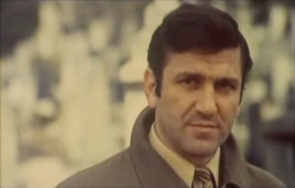 Bata Živojinović, Valter, Valter Brani Sarajevo