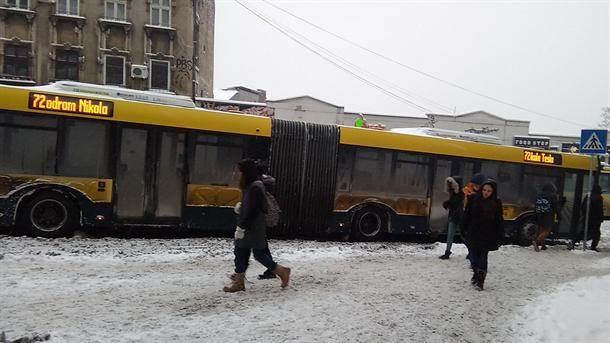 autobus, sneg