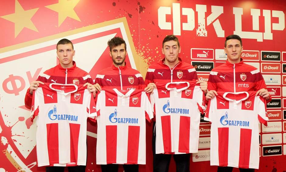S leva na desno: Nemanja Milić, Milan Senić, Milan Pavkov i Srđan Vujaklija.