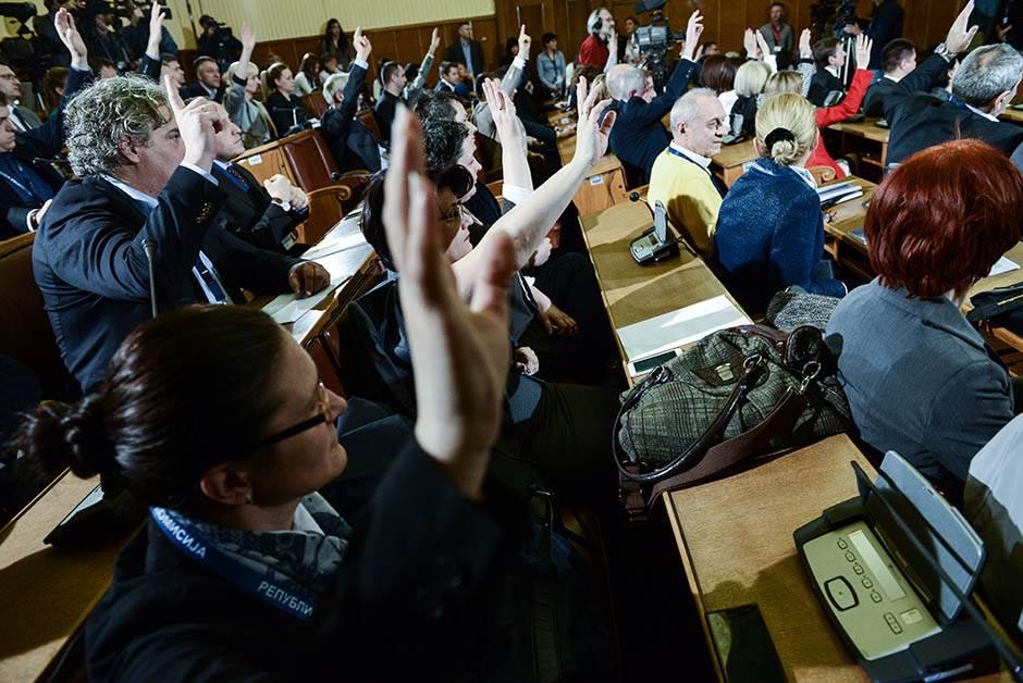 Žreb: Beli ispred Vučića