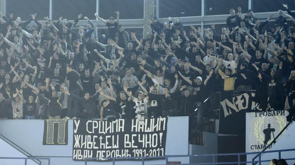 navijači, navijači Partizana, Grobari, Zabranjeni, Ivan Perović