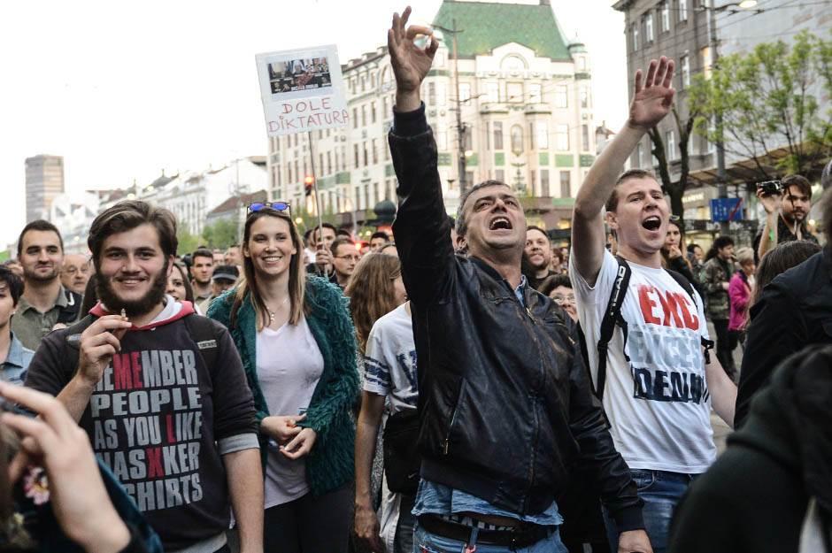 sergej trifunović, protesti protiv diktature, protiv diktature, protest, protesti,