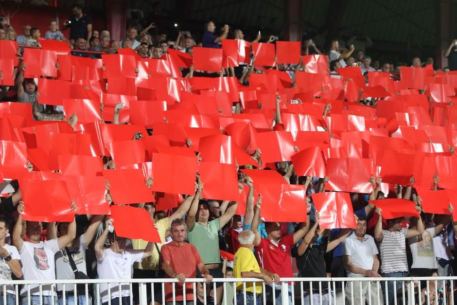 Vojvodina, karađorđe, crveni, crvena, kartoni
