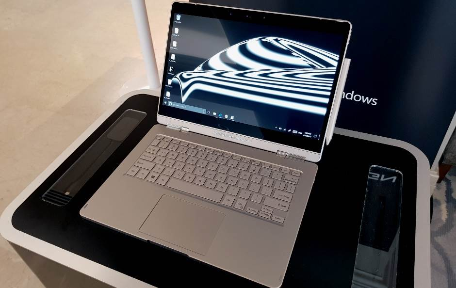 Istina o držanju laptopa na krilu (FOTO, VIDEO)