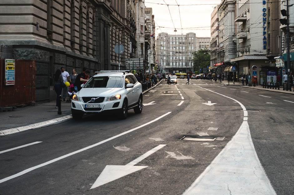vasina ulica, vase čarapića, ulica, saobraćaj, automobil, ulice, kola,