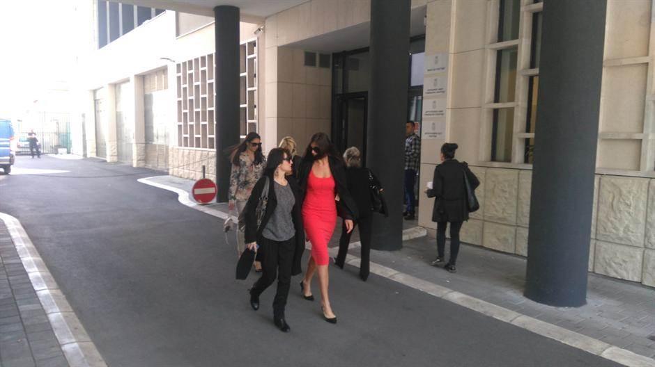 Ana Dabović izlazi iz suda u Katanićevoj ulici - arhivska fotografija