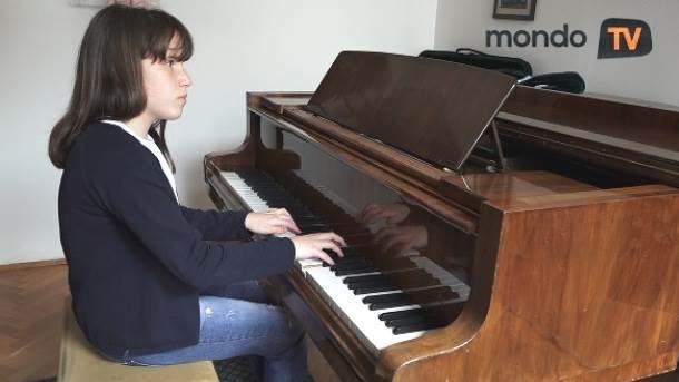 slepi, klavir, deca, muzika, mondo tv
