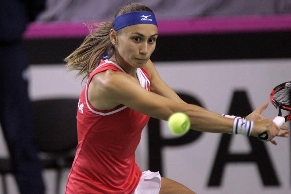 Aleksandra stala pred polufinalom