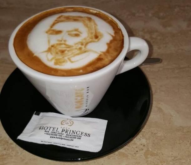 Radul slikanje na kafi